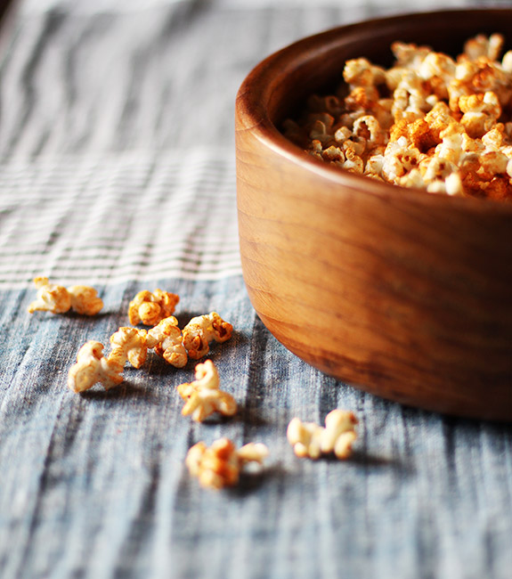 Smoked Paprika Popcorn / Eat Your Greens